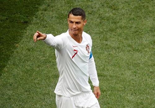 Bo Dao Nha gap Iran va con tu ai cua 'ke huy diet' Ronaldo hinh anh