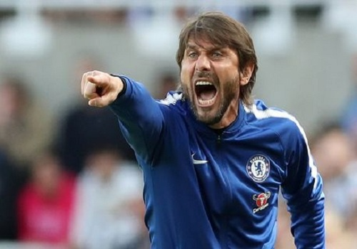 Antonio Conte chuan bi khoi kien Chelsea? hinh anh