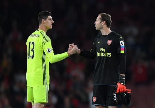 Petr Cech ve lai Chelsea, Thibaut Courtois toi Real Madrid? hinh anh
