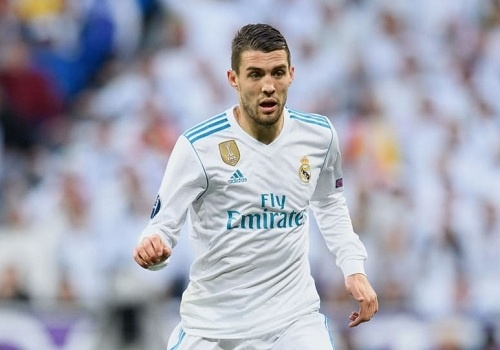 Tien ve A quan World Cup muon roi Real Madrid trong he nay hinh anh
