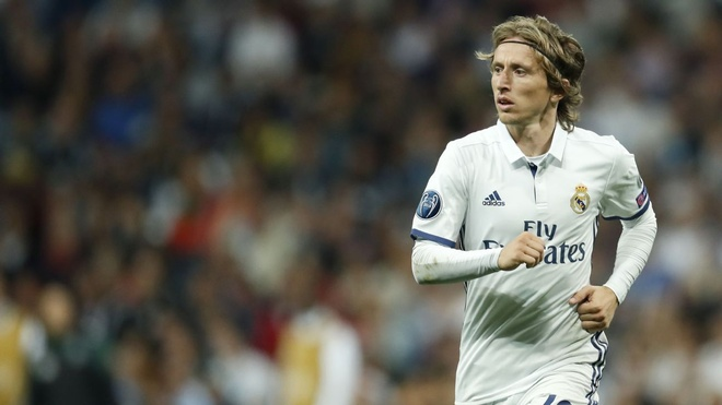 Real Madrid: Cung co ngay 'bo gia' Perez phai tron tranh hinh anh 1