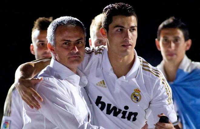 Mourinho tron thue: Khi Tay Ban Nha tro thanh 'dat du' voi ngoi sao hinh anh