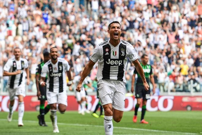 Juventus thang Sassuolo 2-1: Chao mung 'ke huy diet' Ronaldo hinh anh