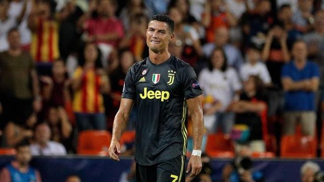 Cristiano Ronaldo nhan the do, tan giac mo gianh Qua bong vang 2018? hinh anh