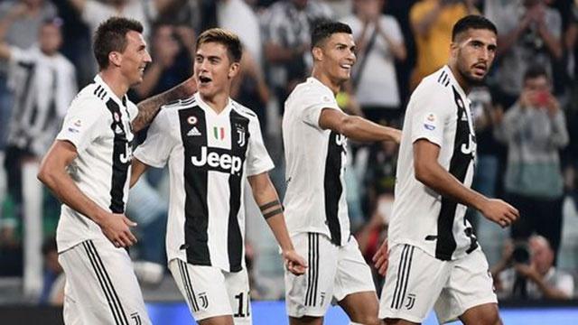Juventus vs Napoli (3-1): Ronaldo lap cu dup kien tao hinh anh