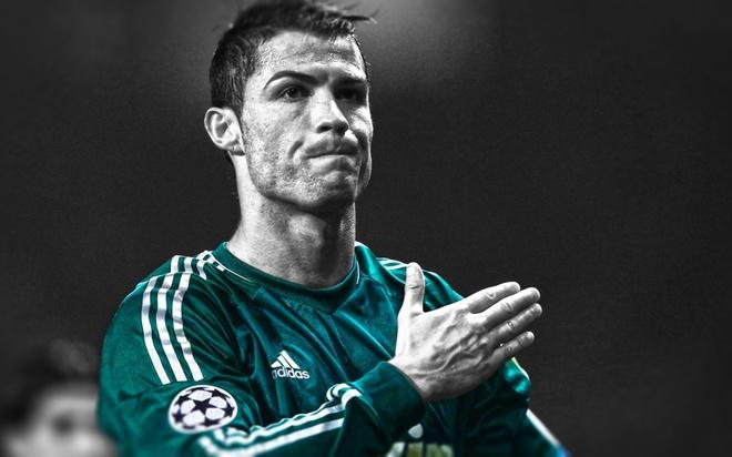 Real Madrid thua CSKA Moscow 0-1: Gio thi Real da nho Ronaldo? hinh anh