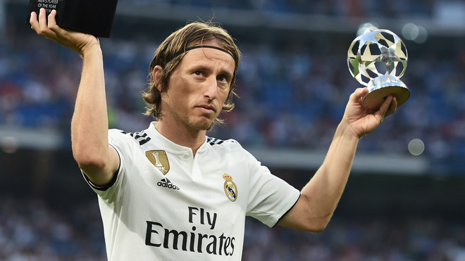 Luka Modric va nhiem vu giai cuu Real Madrid hinh anh