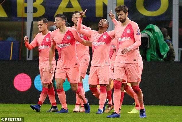 Hoa Inter 1-1, Barca cam chac ve vao vong knock-out Champions League hinh anh