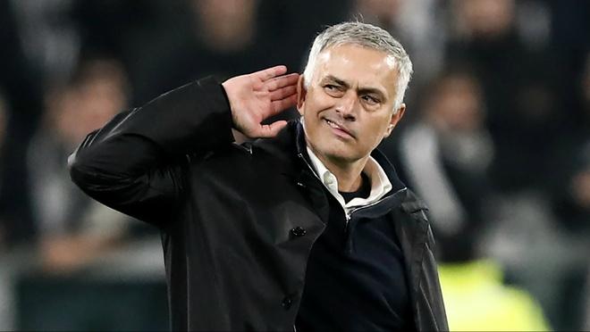 MU thang nguoc Juventus va Mourinho che mo Ronaldo hinh anh