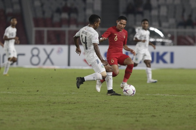 Thang nguoc dong Timor Leste 3-1, Indonesia hoi sinh co hoi di tiep hinh anh 1