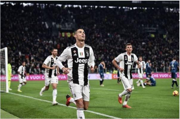 Ronaldo toa sang giup Juventus danh bai SPAL 2-0 hinh anh 1