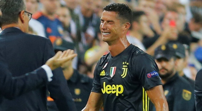 Juventus vs Valencia: Ronaldo quyet tra han the do hinh anh 1