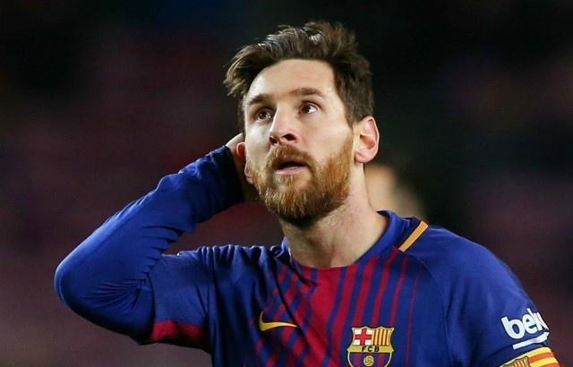 Messi nhan phieu bau thap nhat trong 11 nam duoc de cu Qua bong vang hinh anh