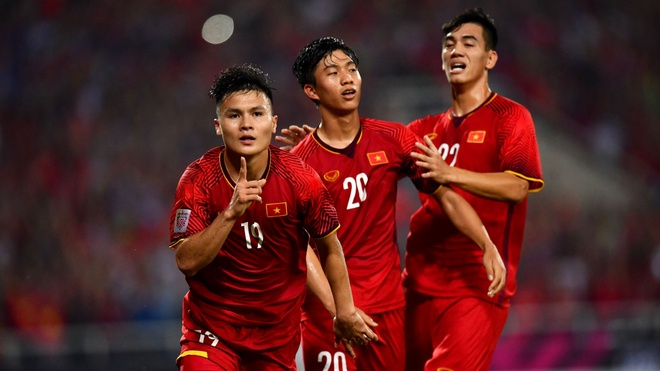Viet Nam se vo dich AFF Cup, lap lai chu ky hoang kim? hinh anh