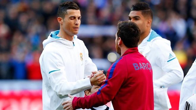 Cristiano Ronaldo: 'Toi muon Messi toi Italy' hinh anh