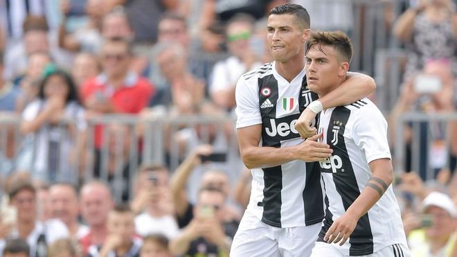 Ronaldo vo duyen, Juventus thua soc Young Boys 1-2 hinh anh