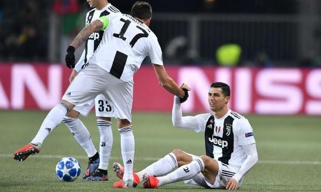 Ronaldo ghi it ban nhat sau vong bang Champions League trong 10 nam hinh anh 1
