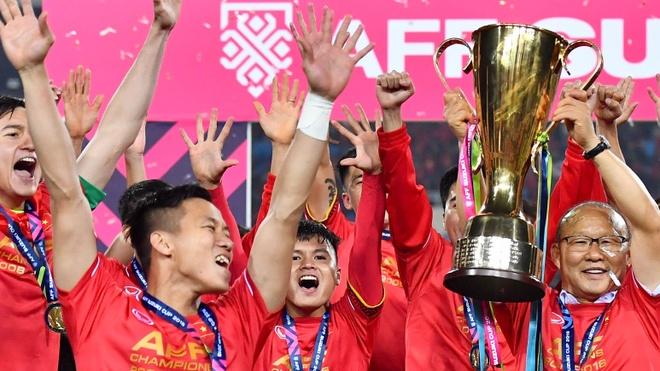 Bao Tay Ban Nha chuc mung tuyen Viet Nam vo dich AFF Cup hinh anh