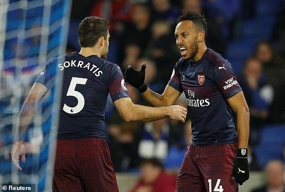 Aubameyang ghi ban, Arsenal co 1 diem hu via truoc Brighton hinh anh 1