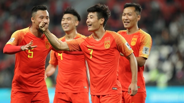 De bep Philippines, DT Trung Quoc gianh ve vao vong 1/8 Asian Cup 2019 hinh anh
