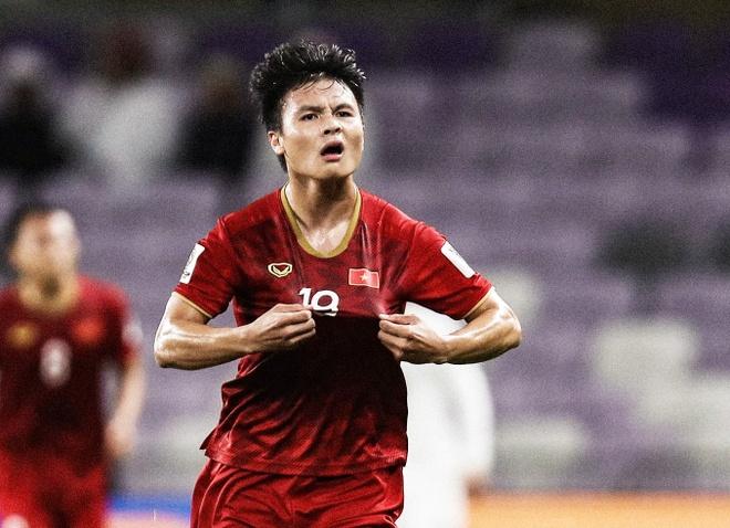 Bao chau A so sanh Quang Hai voi Lionel Messi sau sieu pham sut phat hinh anh