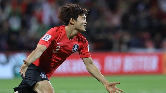 Han Quoc vs Bahrain (2-1): Kim Jin-su ghi ban hinh anh