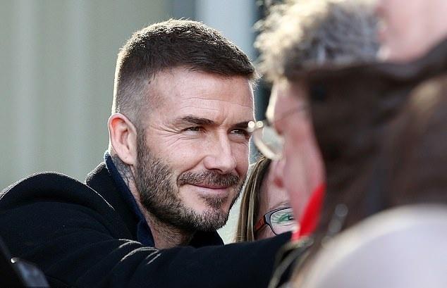 David Beckham lan dau xuat hien o CLB moi gay chu y hinh anh