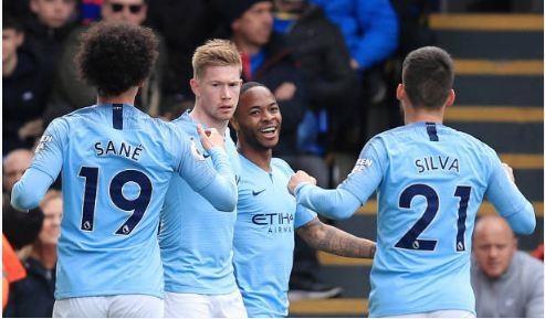 Sterling toa sang giup Man City thang Crystal Palace hinh anh 1