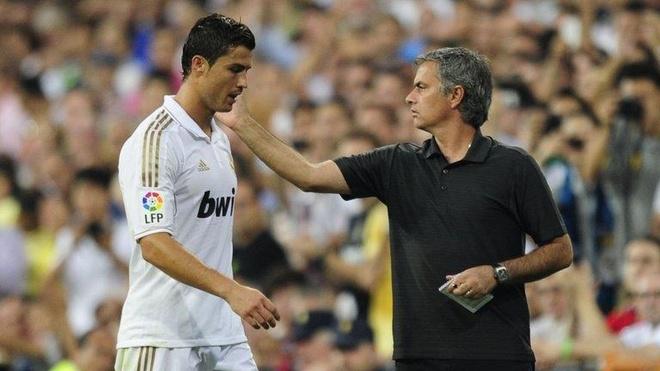 Tiet lo cau HLV Mourinho tung che Ronaldo thoi con o Real hinh anh 1