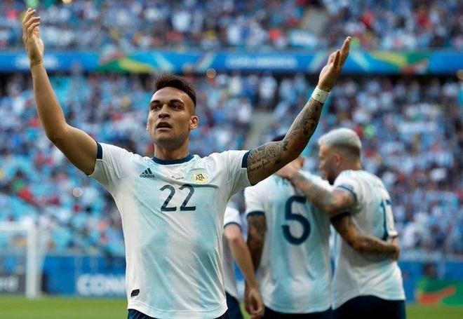 Aguero ghi ban dua Argentina vao tu ket Copa America 2019 hinh anh 1