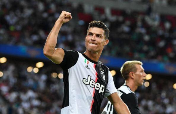 CDV an mung ban thang cung Ronaldo truoc Tottenham hinh anh