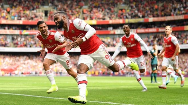 Thang Burnley, Arsenal lap thanh tich chua tung co sau 10 nam hinh anh 1