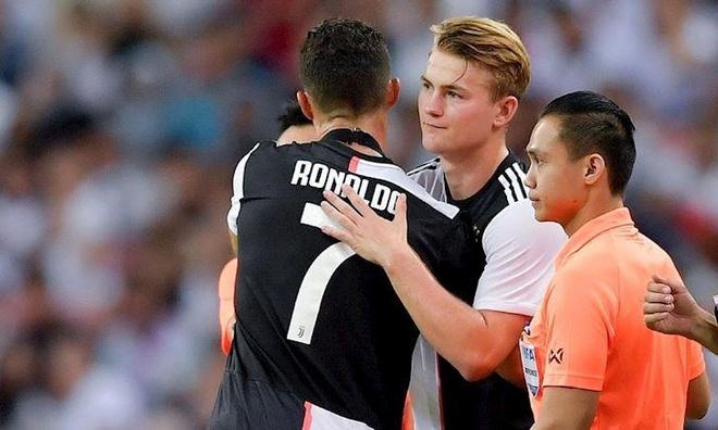 De Ligt vo mong tai Juventus hinh anh 2