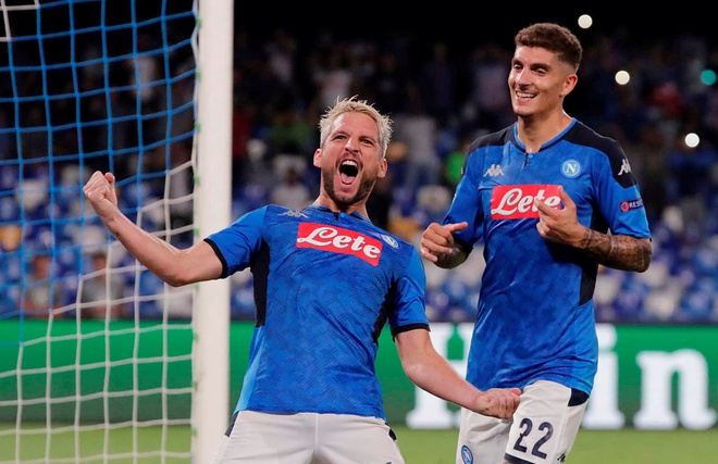 Van Dijk mac sai lam, Liverpool thua trang Napoli 0-2 hinh anh 2