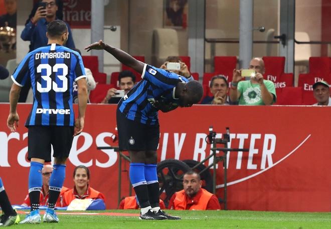 Inter dau voi Milan anh 2