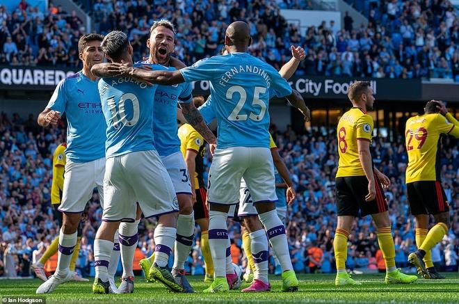 Man City dau voi Watford anh 1