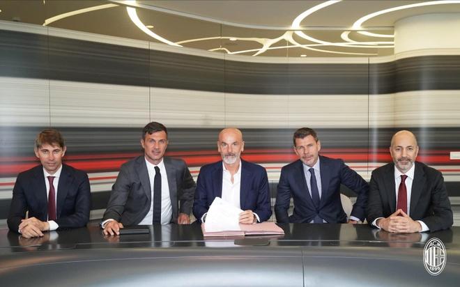 AC Milan bo nhiem HLV anh 1