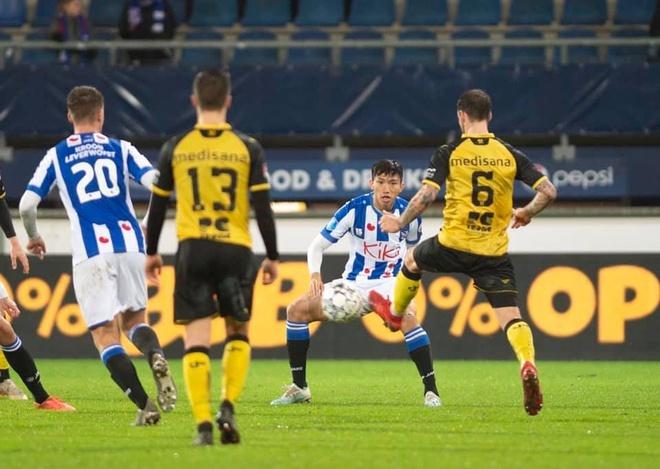 BLV Ha Lan: 'Van Hau se khong choi cho Heerenveen vao mua toi' hinh anh 1 VH.jpg