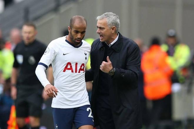 Mourinho duoc hoc tro tai Tottenham ca ngoi hinh anh 1 hi_res_3a53a6b82ebb29f9642185fe1d056d33_crop_north.jpg