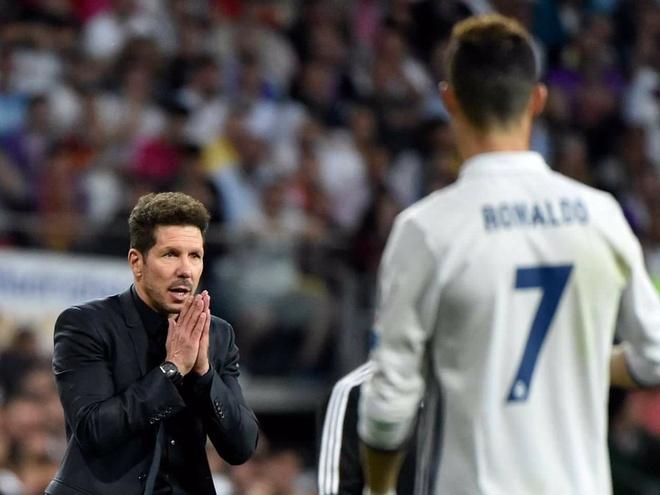 Simeone chi ngan duy nhat Ronaldo tai Champions League hinh anh 1 EN_DshxXsAAhOen.jpg