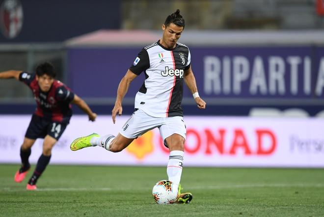 Bologna vs Juventus anh 1