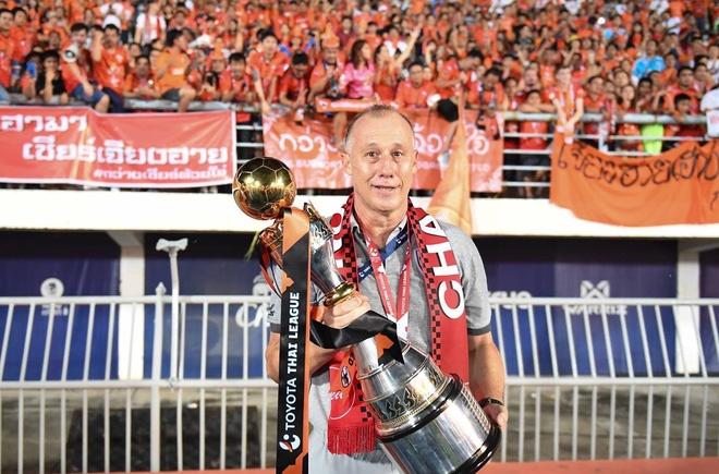 Ông Ailton Silva từng là người kế nhiệm cho Emerson Leao huyền thoại tại CLB Sao Caetano. Ảnh: Chiangrai.