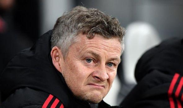 Man United chi ít tiền đừng mơ vô địch