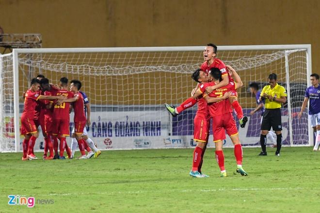 CLB Ha noi vs Thanh Hoa anh 1