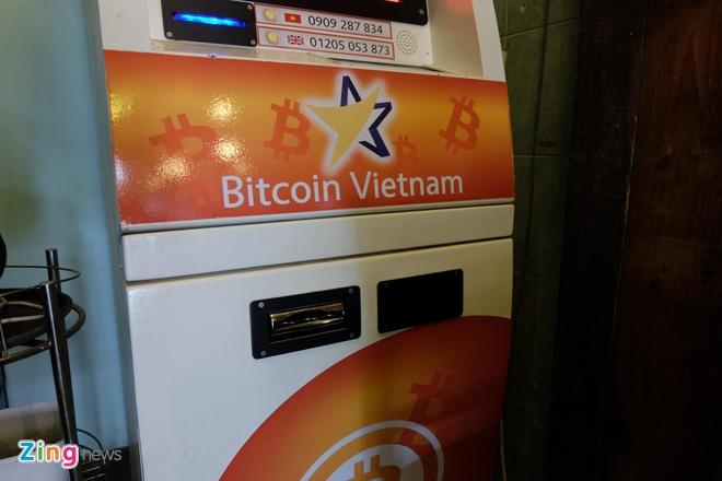 May ATM Bitcoin trong tiem an o Sai Gon hinh anh 6