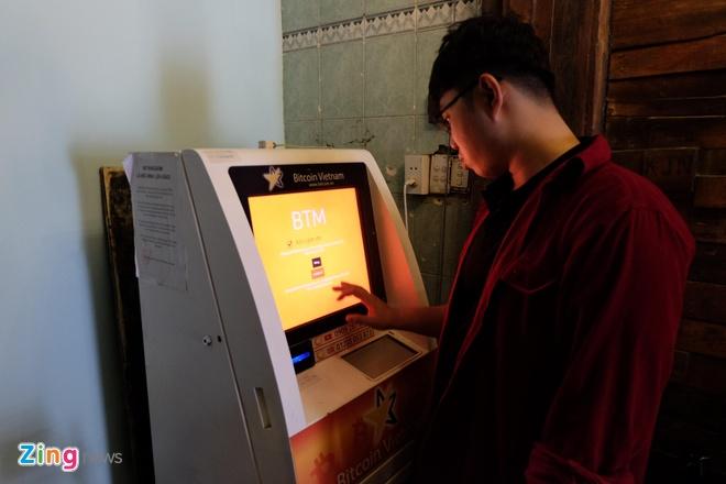 May ATM Bitcoin trong tiem an o Sai Gon hinh anh 11