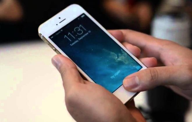 The Gioi Di Dong thua nhan ban iPhone 5S hang 'dung' hinh anh