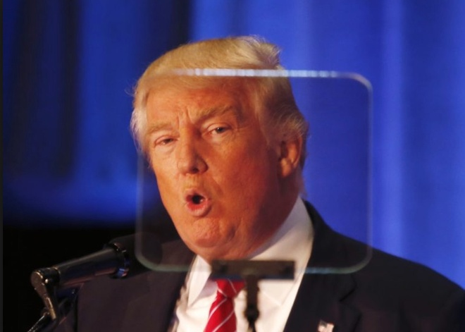 Cong nghe giup Tong thong Trump dien thuyet luu loat hinh anh