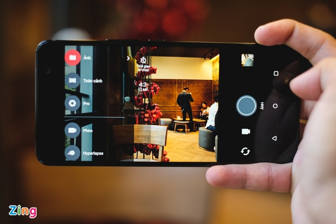HTC U11 Plus: Man hinh 6 inch, RAM 6 GB, gia 18,9 trieu tai VN hinh anh 7
