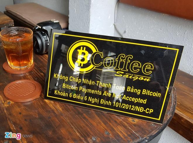 Mua Bitcoin bang tien mat qua cay ATM tai Sai Gon hinh anh 1